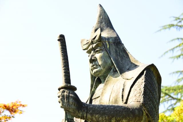 上杉謙信も信長には脅威であり、外交で友好関係を結んでいました