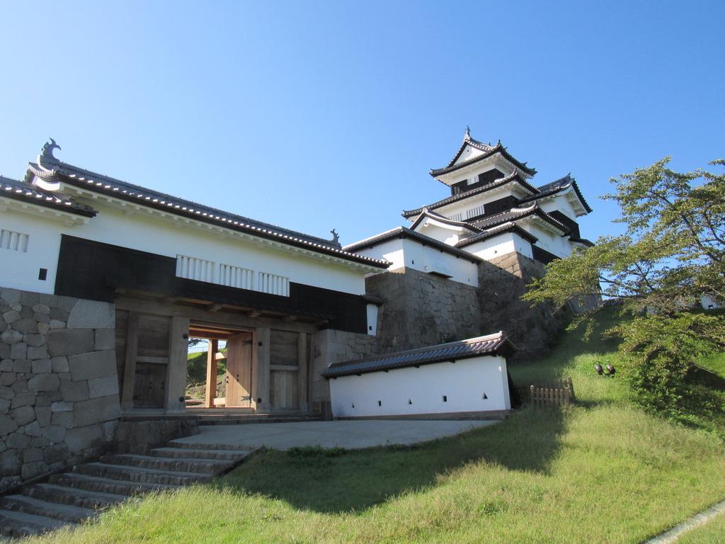 白河小峰城は白河市のシンボルとして1991年に復元されました。