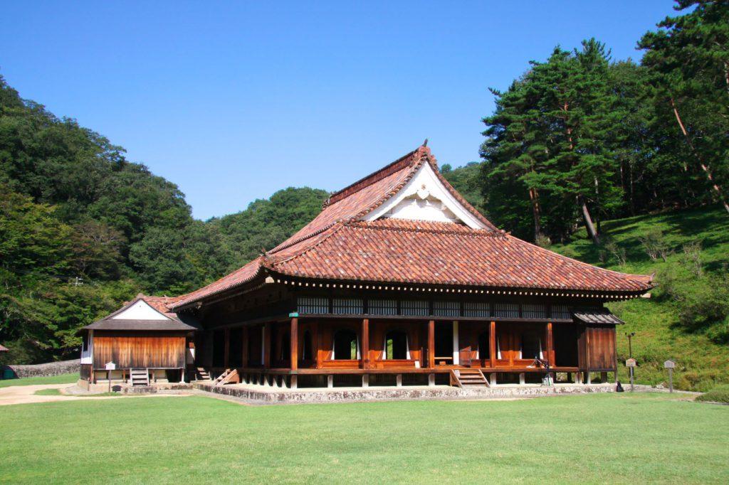 閑谷学校は池田光政が設立した学校で、日本三大学府と呼ばれていました