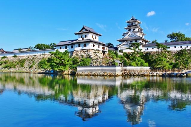 今治城は瀬戸内海に面した水城です