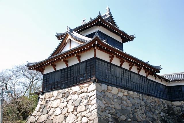 大和郡山城は秀長の手によって大改修され近代城郭として整備されました
