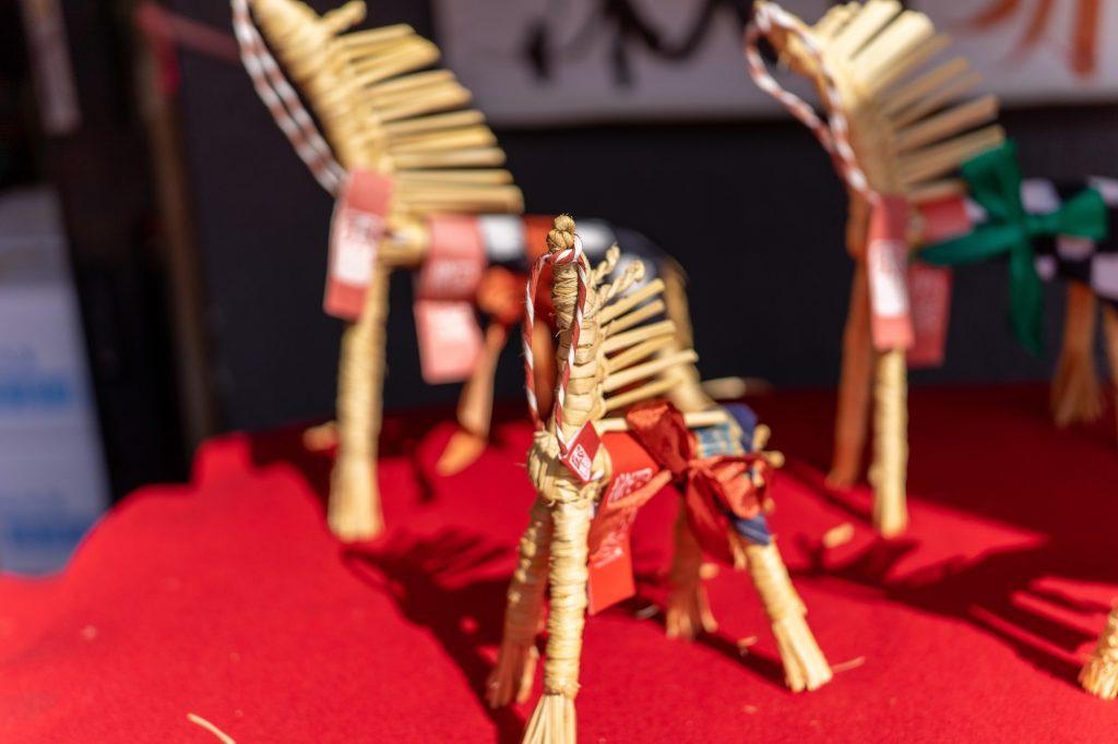 「深大寺まいりあめや」古くから伝わる民芸品赤駒