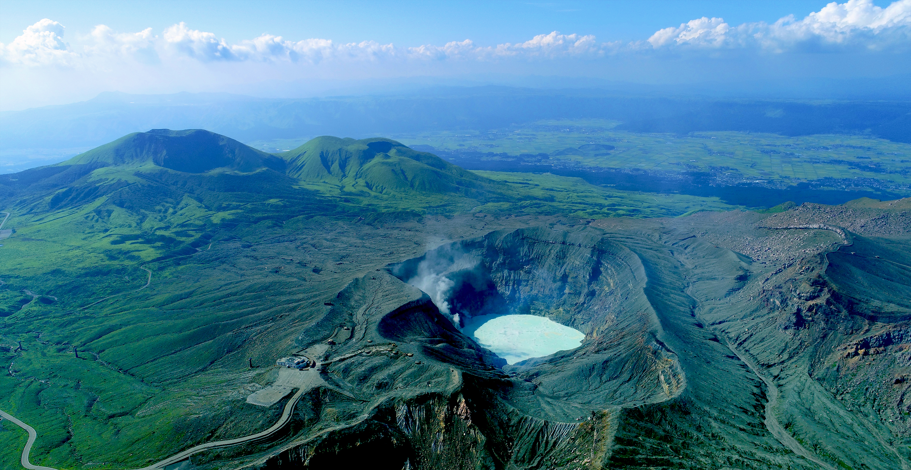 ������������ mt aso nakadake crater guidoor